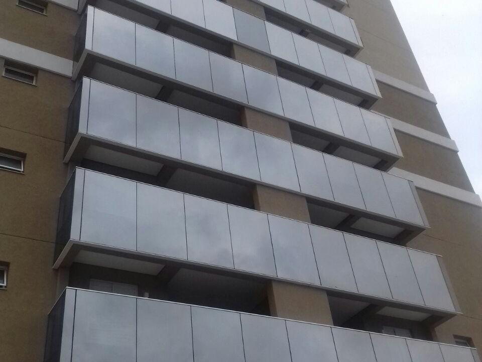 ADR - Esquadrias de Alumínio Campinas - Pele de vidro